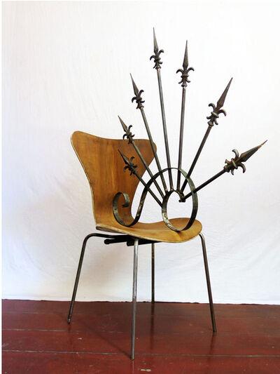 Daniel Murgel, 'Design da Turbação - Ofendículo Espiral 21 (ou lacraia) para cadeira série 7 do Arne Jacobsen [Design of Disturbance - Spiral barrier (or centipede) to chair series 7 by Arne Jacobsen] ', 2015