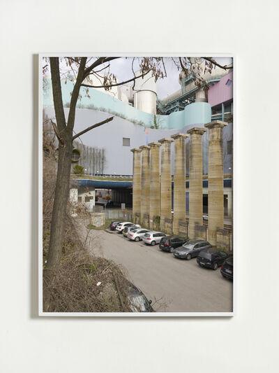 Annette Kelm, 'Travertinsäulen, Recyclingpark Neckartal, Parkplatz', 2019