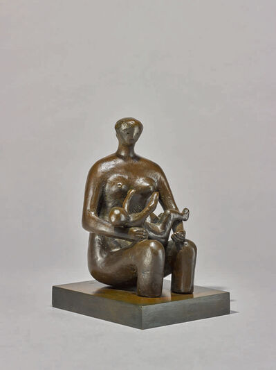 Henry Moore, 'Mother and Child Round Form', 1980