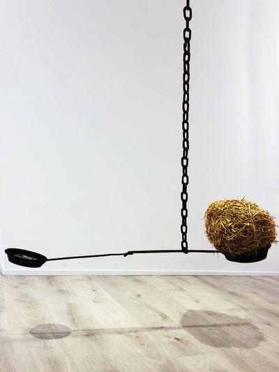 Xavier G-Solis, '1 kg de palla = 1 kg de plom? / 1 kg of straw = 1 kg of lead?', 2020