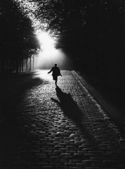 Sabine Weiss, 'Paris (Vers la Lumière)', 1953