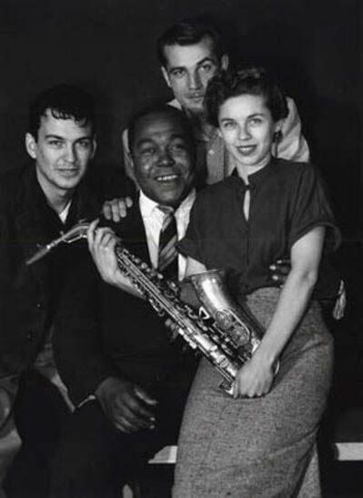 William Claxton, 'Charlie 'Bird' Parker and fans, Los Angeles ', 1952