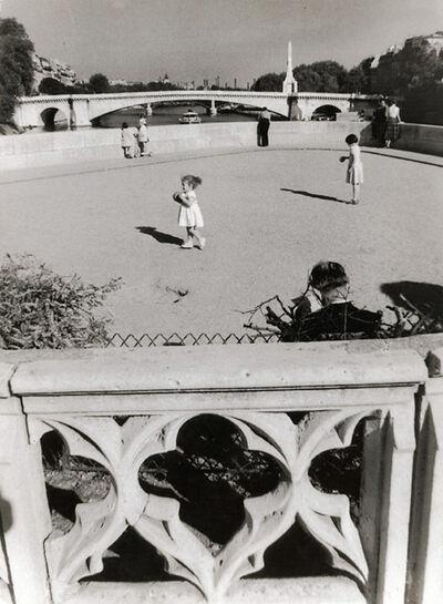 Willy Ronis, 'Pont de la Tournelle, Paris', 1956/1956