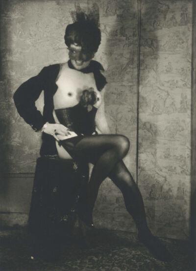 Pierre Molinier, 'Autoportrait au tabouret avec corset, jarretelles, masque, voilette et rose', ca. 1965