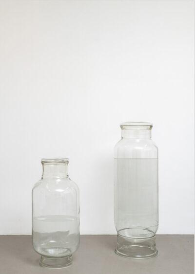 Alberto Garutti, 'Dedicato agli abitanti di Via dei Prefetti 17 (Acqua)', 2004