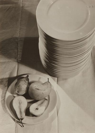 Emmanuel Sougez, 'La poire coupée', 1930