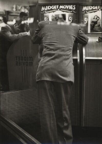 Louis Faurer, '14th Street, Flea Circus', ca. 1947