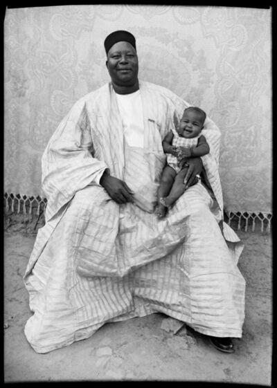 Seydou Keïta, 'Untitled Portrait (01069-MA.KE.161)', 1948-1954