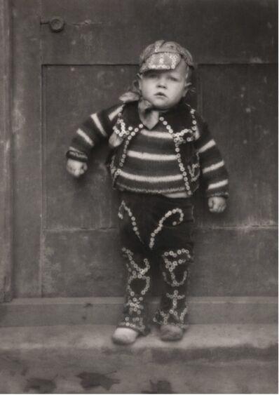 Emil Otto Hoppé, 'The 'Pearlies', Master Simmons, London', 1922