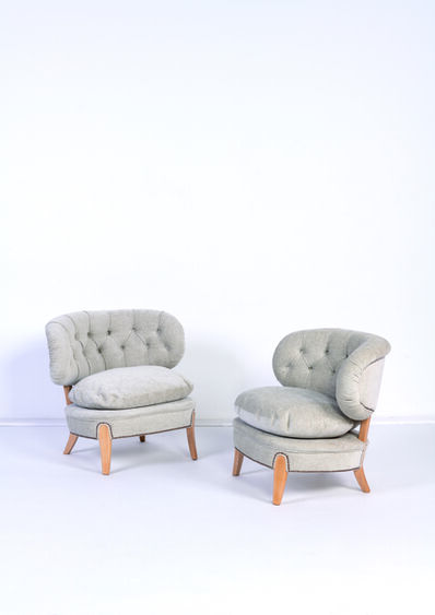 Otto Schulz, 'Pair of low chairs (Modele Schulz)', vers 1940