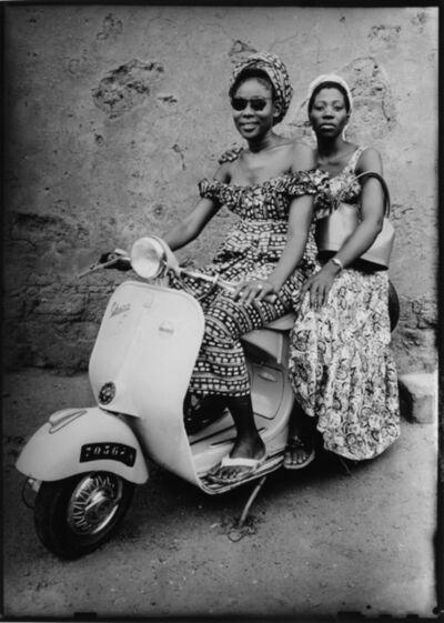 Seydou Keïta, 'Sans titre/ Untitled (00616-MA.KE.098)', 1952-1955