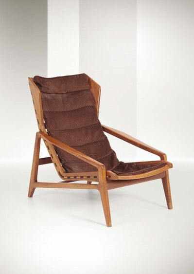Gio Ponti, 'a mod. 811 armchair with a walnut structure and elastic bands', 1957