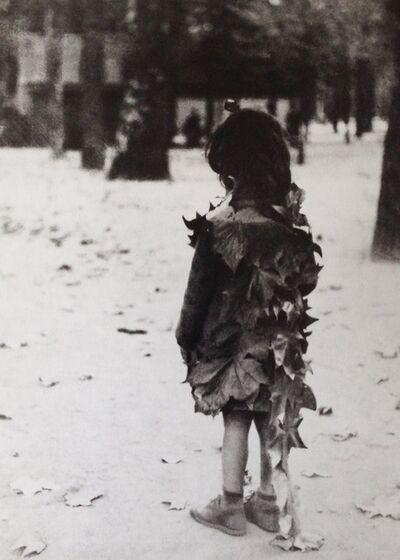 Edouard Boubat, 'Paris, la fillette aux feuilles', 1946