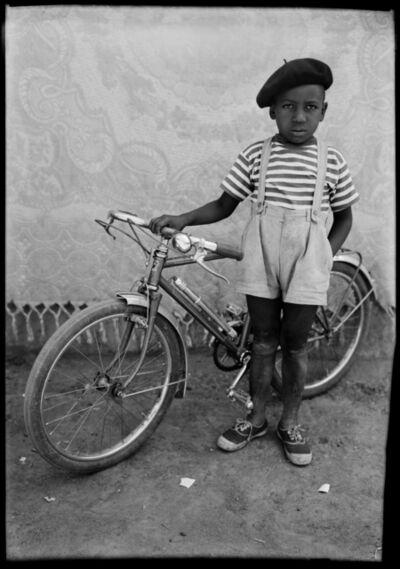 Seydou Keïta, 'Sans titre (MA.KE.319 BOX-NEG.02424)', 1948-1954