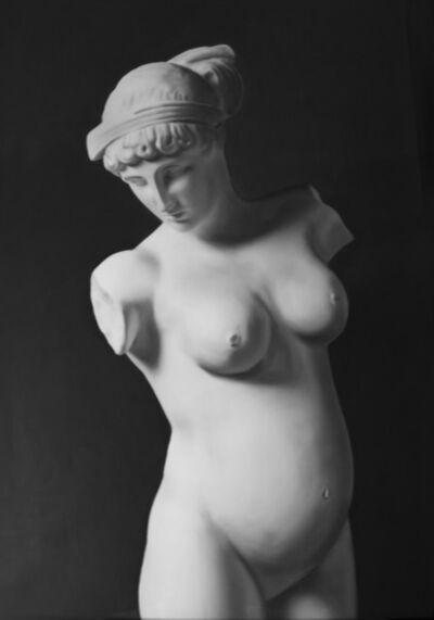 Mateo Maté, 'Venus del Esquilino (enceinte)', 2018