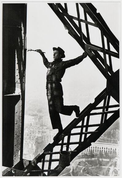 Marc Riboud, 'Le Peintre de la Tour Eiffel (Painter of the Eiffel Tower), Paris', 1953-printed later