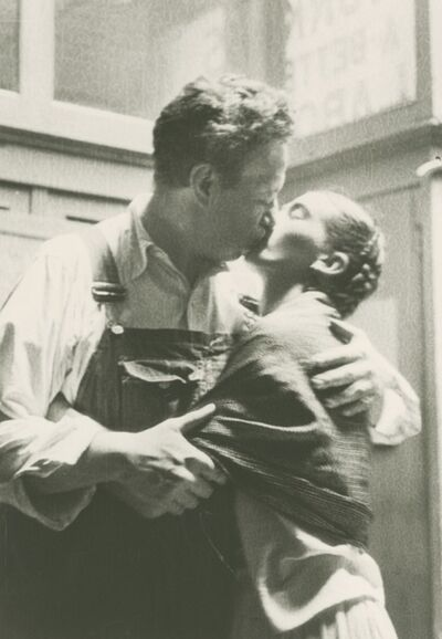 Lucienne Bloch, 'Frida and Diego Kissing', 1933