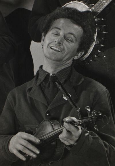 Gjon Mili, 'Woody Guthrie', 1943