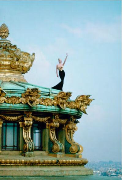 Manfred Thierry Mugler, 'Opéra Garnier, Paris, France, 1986 Claude Heidemeyer en « Bénitier plissé » de Mugler.', 2019