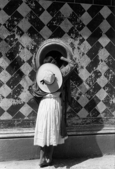 Manuel Álvarez Bravo, 'La hija de los danzantes (The daughter of the dancers)', 1933/printed later
