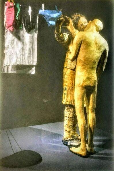 Juan Pablo Langlois Vicuña, ' La Lavandera, de la serie: Papeles ordinarios', 2000-2005