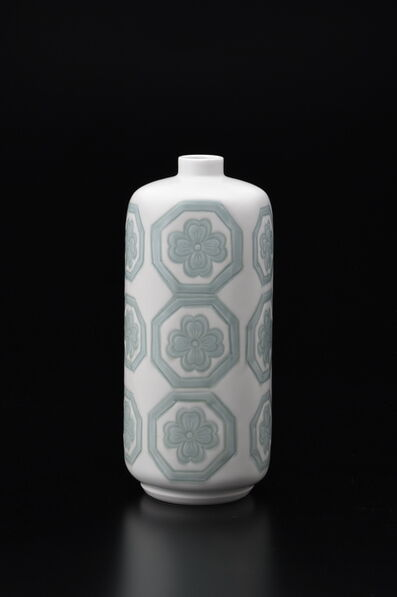 Manji Inoue, 'Engraved Hakuji (white porcelain) Petaroid Vase with Green Glaze', 2019