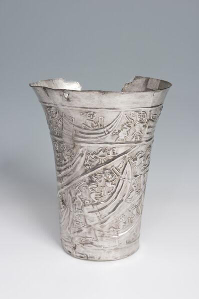 'Gobelet cérémoniel avec scène maritime (Ceremonial goblet with maritime scene)', 1000-1450