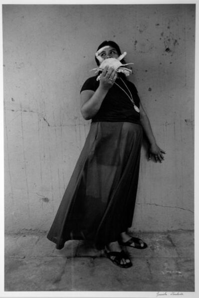Graciela Iturbide, 'Mujer cangrejo (Crab woman), Juchitan, Mexico', 1985