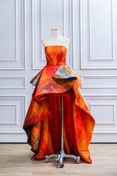 Leigh Wen, '火-服裝 Dress-Fire'