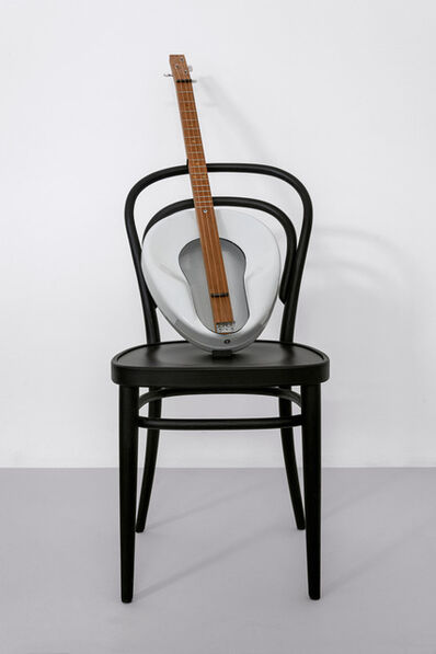 Haim Steinbach, ' Untitled (Thonet chair, Jackson guitar)', 2019