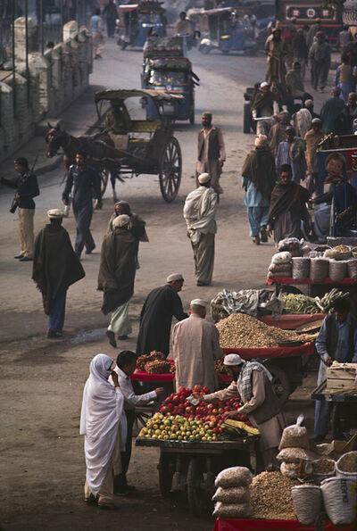 Steve McCurry, 'QUISSA KHAWANI BAZAAR, PAKISTAN', 1984