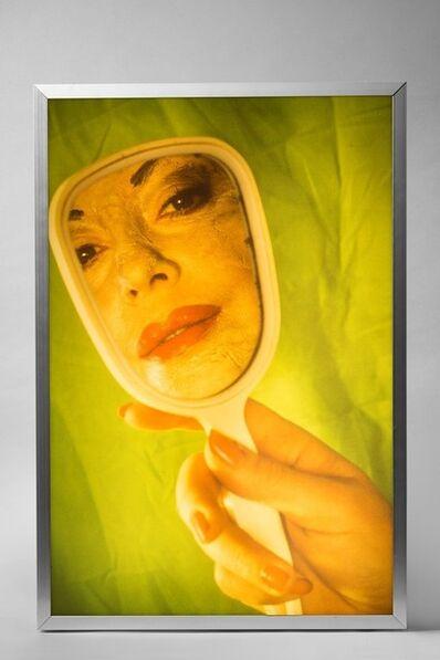 ORLAN, 'Parodie make-up aux miroir', 1997