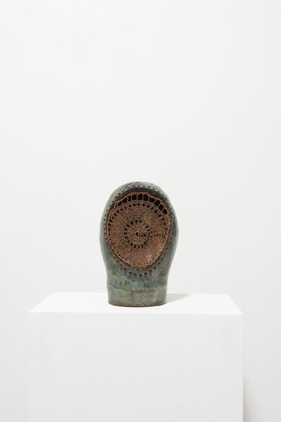 ektor garcia, 'casco cobre', 2019