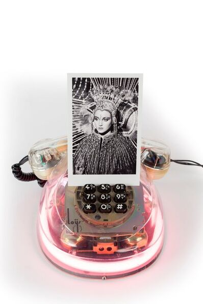 Paloma Castello, ''Neon Diva' ', 2015