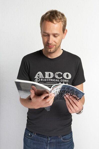 Christian Jankowski, 'Christian Jankowski reads 50 Parkett Artists Collaborations (for Parkett 81)', 2007
