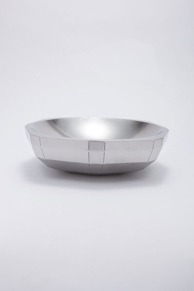 Chung Yongjin, 'Shallow Bowl with Facets 1', 2015