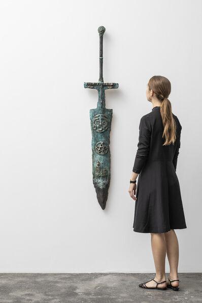 Alexander Tovborg, 'selvportræt som jeanne d'arc (hvem er dit sværd)', 2018