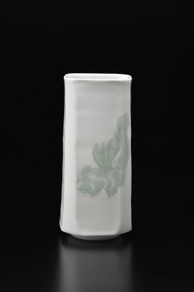 Manji Inoue, 'Engraved Hakuji (white porcelain) Mudskipper Vase with Green Glaze 01', 2019