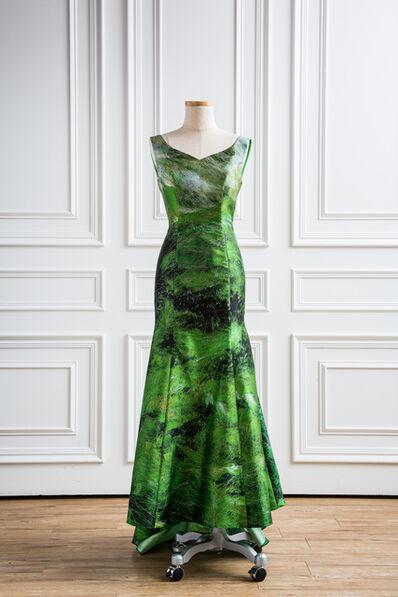 Leigh Wen, '地-服裝 Dress-Earth'