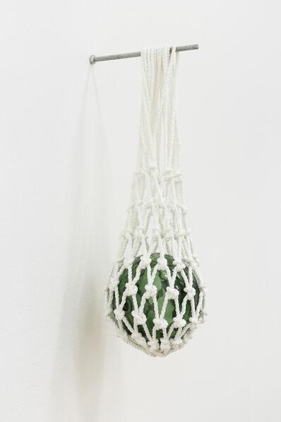 Gabriela Albergaria, 'Bóia de vidro manufacturada, suspensa em rede de basketball', 2014