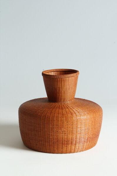 Tanabe Chikuunsai II, 'Bamboo Basket (T-3884)', Shōwa era (1926–89) 1970s
