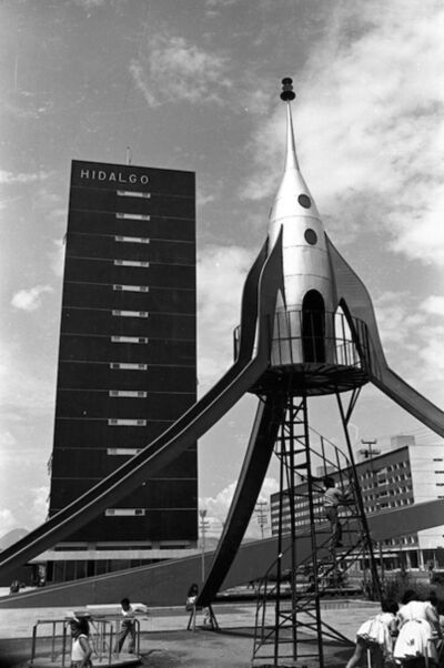 Héctor García, 'Nave espacial, Unidad Nonoalco', 1960