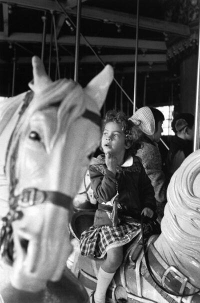 Louis Stettner, 'Paris, petite fille au manège'