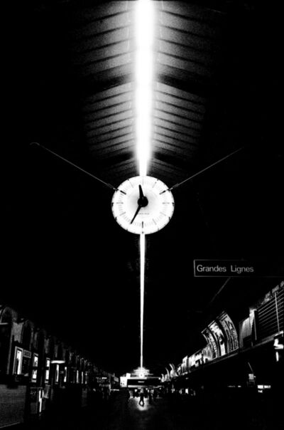 Jehsong Baak, '25 to midnight at Gare St. Lazare', 1998