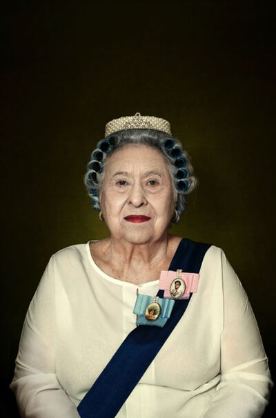 Romina Ressia, 'God Save the Queen (Series: Money)', 2016