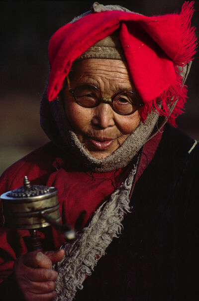 Cary Wolinsky, 'Tibetan Woman with Prayer Wheel,', 1984