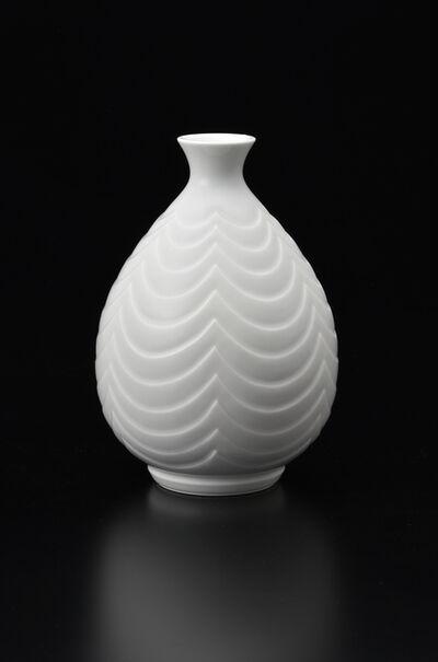 Manji Inoue, 'Hakuji (white porcelain) Line Patterned Vase', 2019