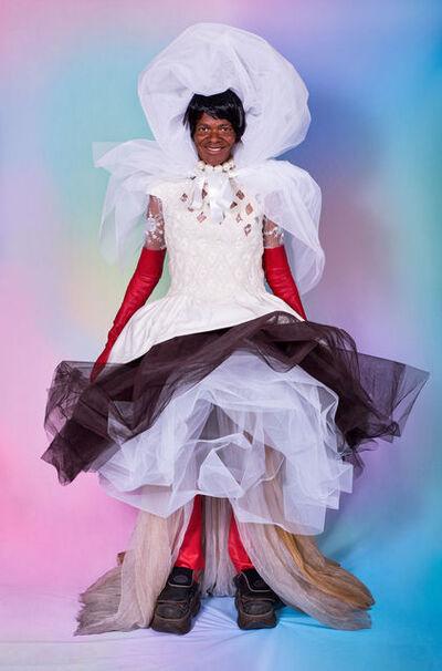 Sistaaz of the Castle, 'Joan Collins in her dream wedding dress', 2019