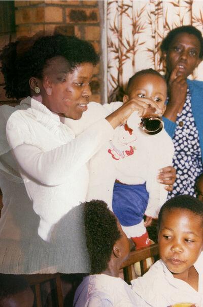 Lebohang Kganye, 'Moketeng wa letsatsi la tswalo la ho qala la moradi waka II', 2012 -2014