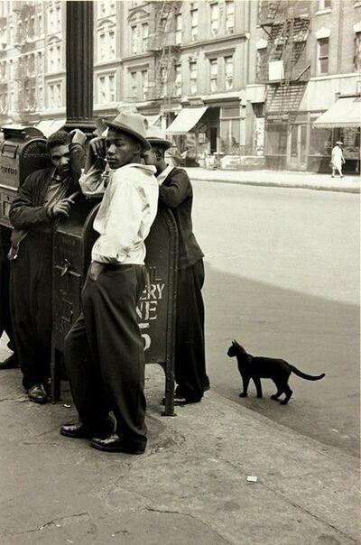 Helen Levitt, 'Harlem Boys with a Black Cat', ca. 1940